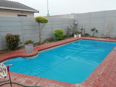 Property For Sale in Plattekloof Glen, Goodwood