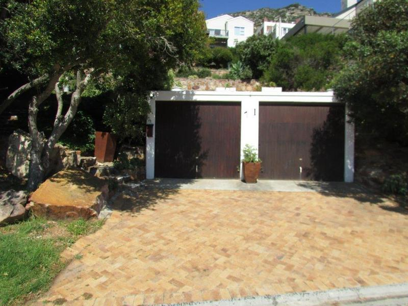Property For Sale in Fish Hoek, Cape Town 29