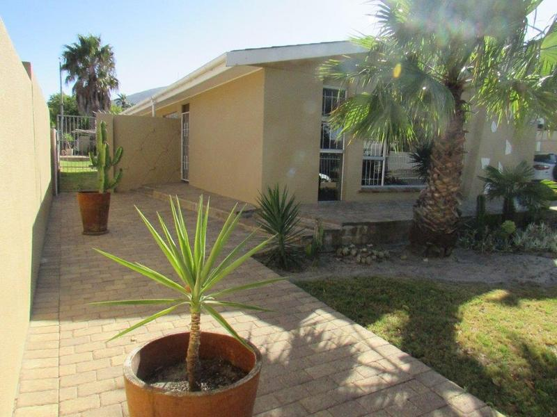 Property For Sale in Parow North, Cape Town 37