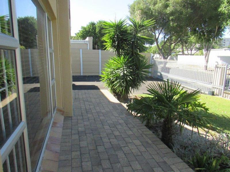 Property For Sale in Parow North, Cape Town 35