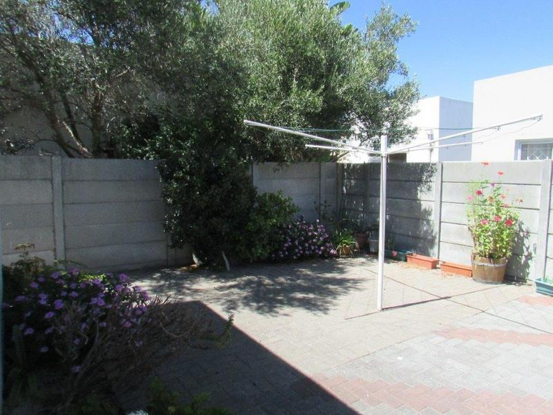 Property For Sale in Parow North, Cape Town 14