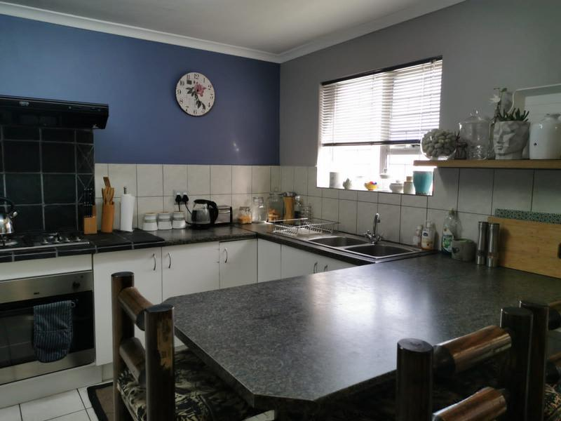 Property For Sale in Zonnendal, Kraaifontein 4