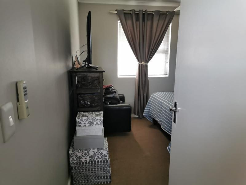 Property For Sale in Zonnendal, Kraaifontein 18