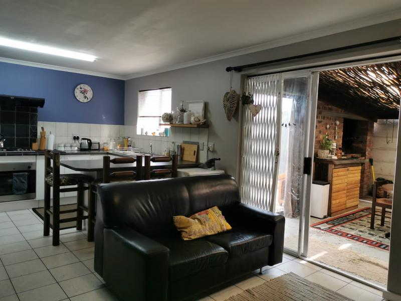 Property For Sale in Zonnendal, Kraaifontein 8