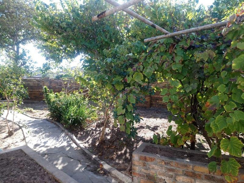 Property For Sale in Glenlily, Parow 5
