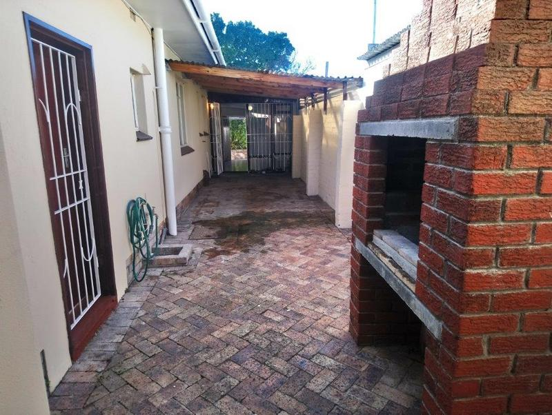 Property For Sale in Glenlily, Parow 20