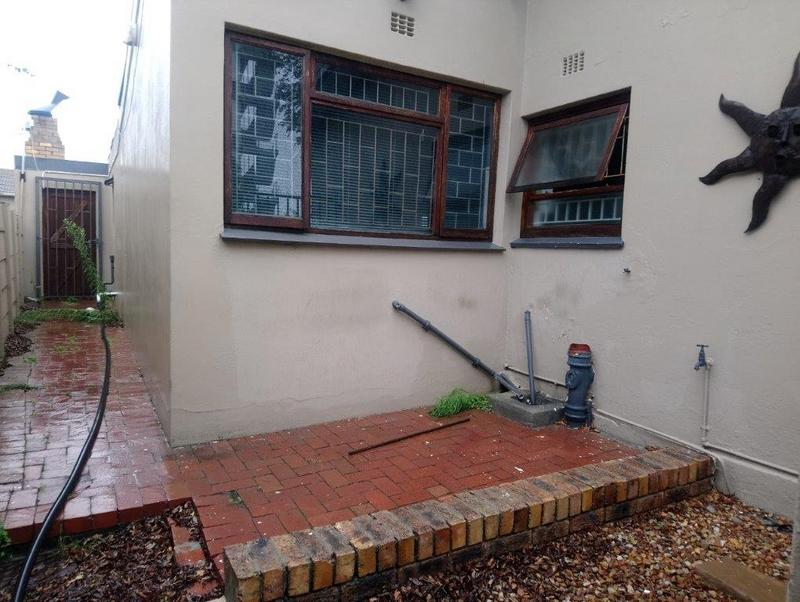 Property For Sale in Glenlily, Parow 17