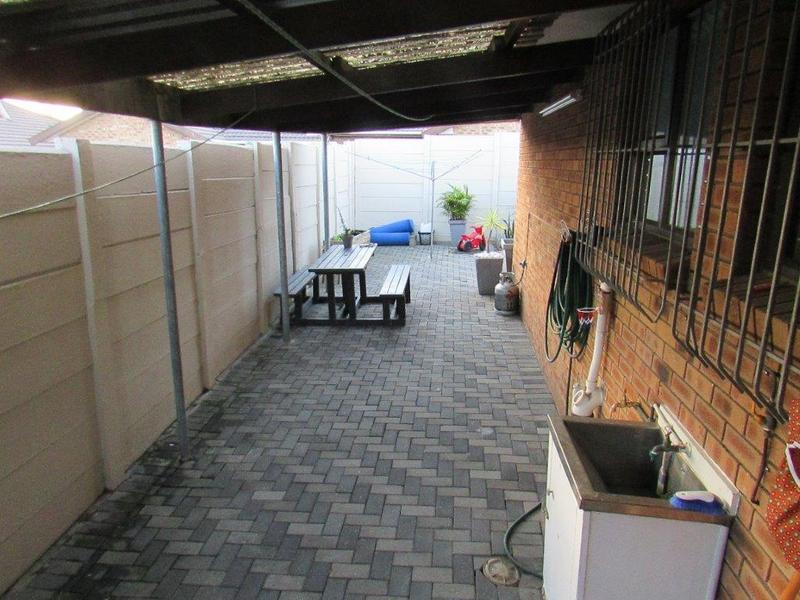 Property For Sale in Clamhall, Parow 7