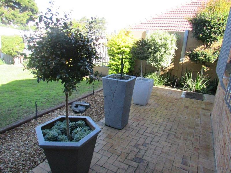 Property For Sale in Clamhall, Parow 1