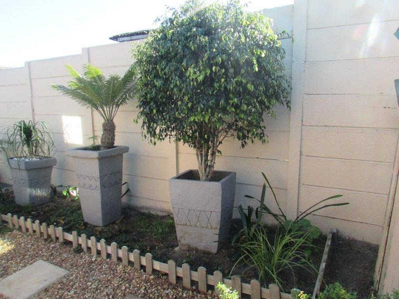 Property For Sale in Clamhall, Parow 5