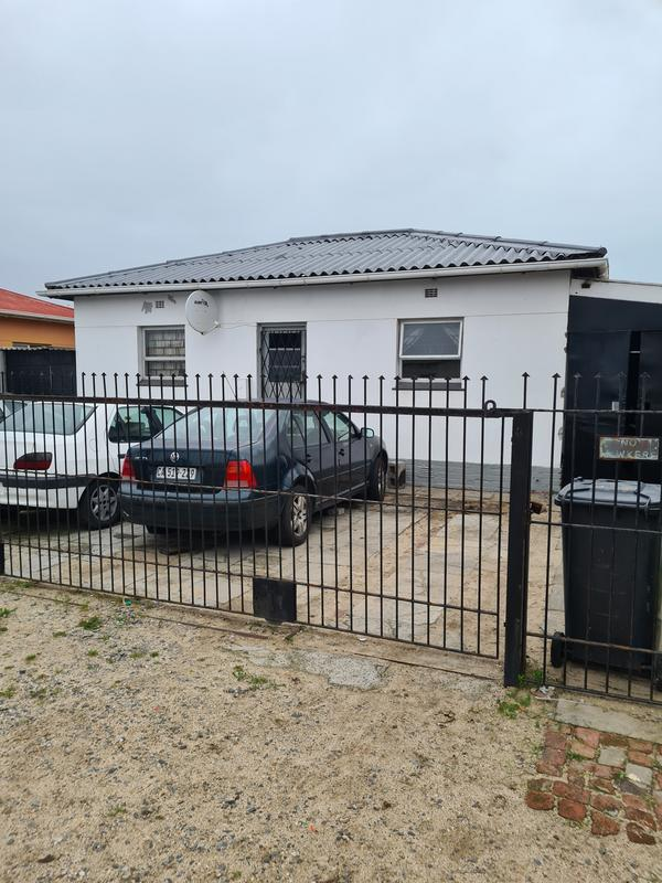 Property For Sale in Brooklyn, Milnerton 1