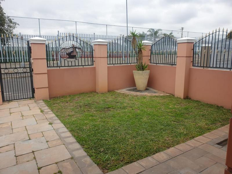 Property For Sale in Churchill Estate, Parow 28
