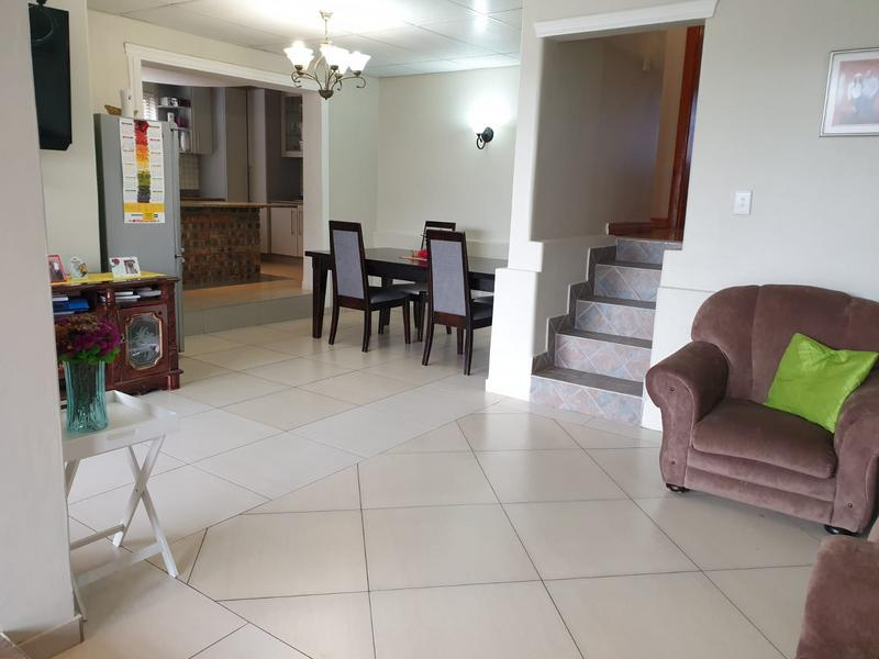 Property For Sale in Churchill Estate, Parow 35