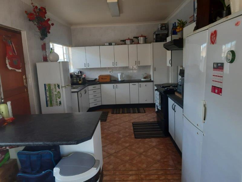 Property For Sale in Churchill Estate, Parow 18