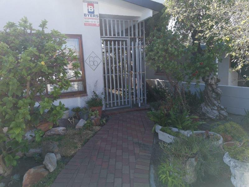 Property For Sale in Glenlily, Parow 3